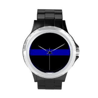 Línea azul fina reloj
