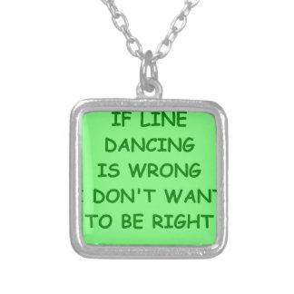 línea baile collar personalizado