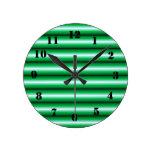 Línea blanca verde modelo relojes de pared