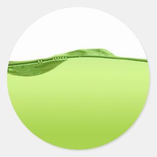 Línea de agua verde pegatina redonda