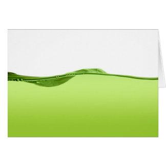 Línea de agua verde tarjeta de felicitación