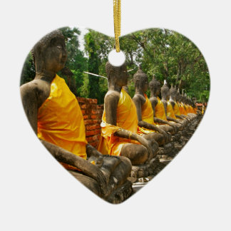 Línea de Buddhas Adorno De Cerámica En Forma De Corazón