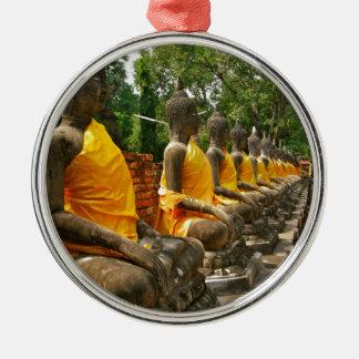 Línea de Buddhas Adorno Redondo Plateado