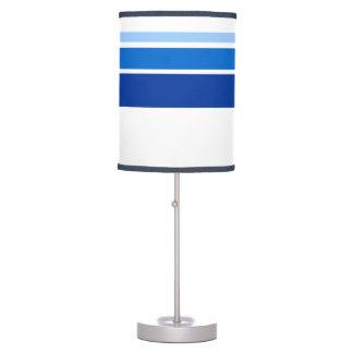 Línea de color fresca lámpara del modelo