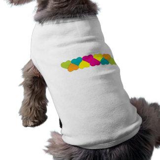 Línea de equipo del mascota de los corazones playera sin mangas para perro