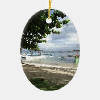 línea de la playa adorno navideño ovalado de cerámica