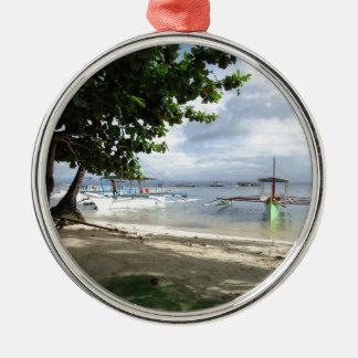 línea de la playa adorno navideño redondo de metal
