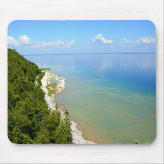 Línea de la playa del este de la isla de Mackinac Mousepads