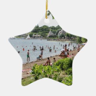 Línea de la playa y banda Shell de Harriet del Adorno Navideño De Cerámica En Forma De Estrella