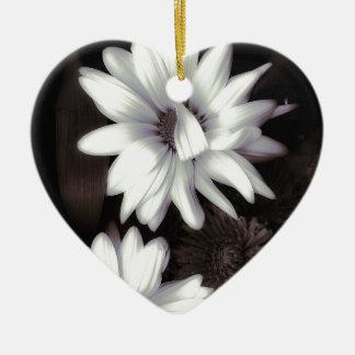 Línea de productos de las margaritas del Gerbera Adorno Navideño De Cerámica En Forma De Corazón