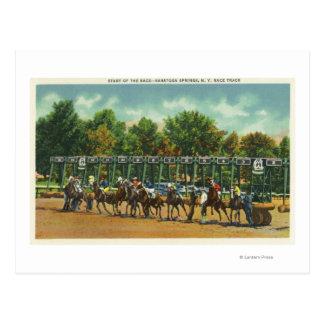 Línea de salida del circuito de carreras de tarjetas postales