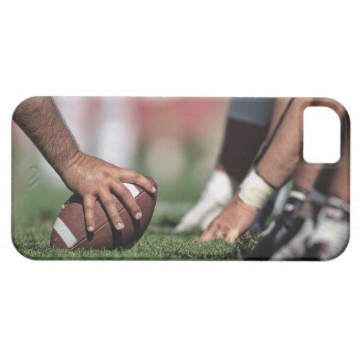 Línea de scrimmage del fútbol iPhone 5 Case-Mate protectores
