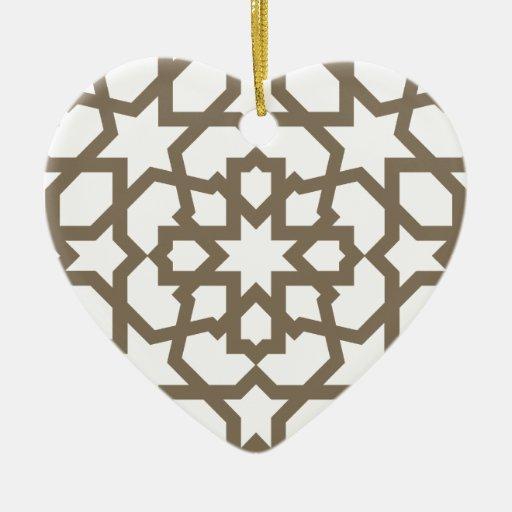 Línea en oro del patrón de mosaico de Marruecos Adorno Navideño De Cerámica En Forma De Corazón