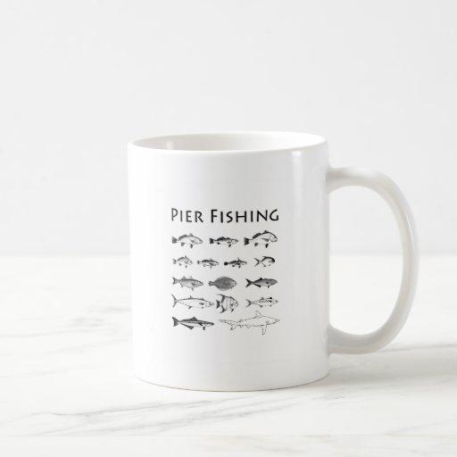 Línea logotipo de la especie de los pescados de la taza de café