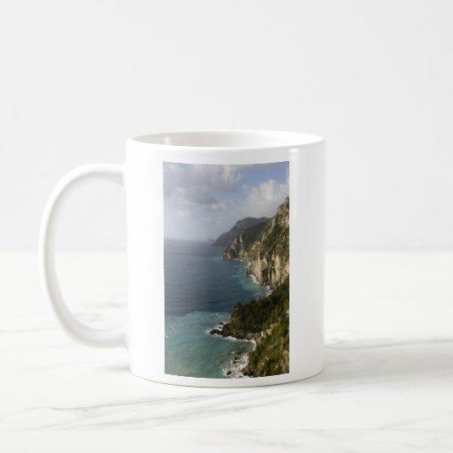 Línea taza de la costa de Amalfi
