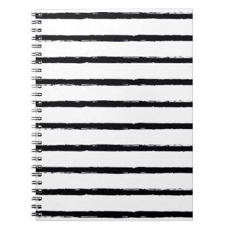 Líneas ásperas blancas texturizadas modelo del libretas espirales