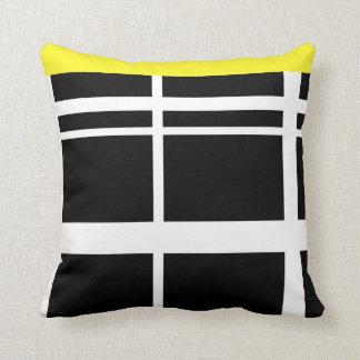 Líneas blancos y negros amarillas cojín