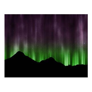 Líneas de aurora boreal postal