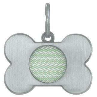 Líneas de la raspa de arenque de la verde menta de placa mascota