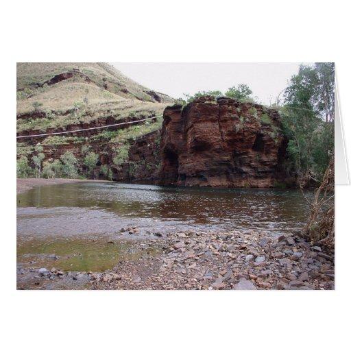 Líneas eléctricas en el río de la cala en la garga tarjeton