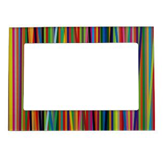 Líneas geométricas coloridas marcos magneticos