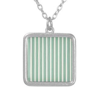 líneas paralelas rayas de la vertical del verde colgante cuadrado