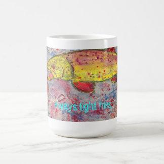 líneas siempre apretadas taza de café