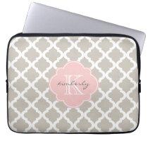 Linen and Soft Pink Moroccan Quatrefoil Print Laptop Sleeve