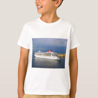 Liner leaving Malta. T-Shirt