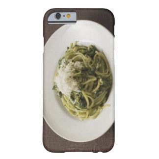 Linguine con pesto y parmesano funda de iPhone 6 barely there