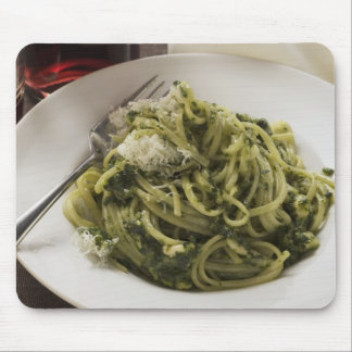 Linguine with pesto and Parmesan, red wine Mouse Pad
