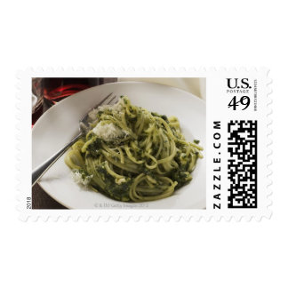 Linguine with pesto and Parmesan, red wine Postage