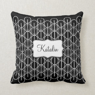 Linked oval line pattern name black & white pillow
