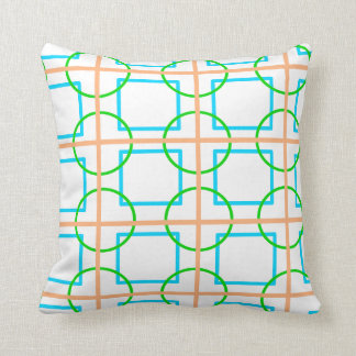 Linked pattern throw pillow