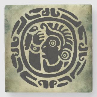 linocut tribal africano antiguo de los símbolos posavasos de piedra