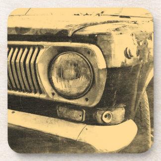 Linterna clásica vieja del coche del vintage posavasos