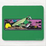 Linterna verde en espacio alfombrillas de ratones