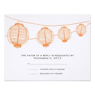 Linternas anaranjadas y blancas que casan RSVP Comunicados Personales