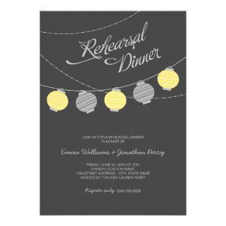 Linternas de papel de la invitación el de la cen