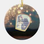 Linternas del deseo del amor adorno navideño redondo de cerámica