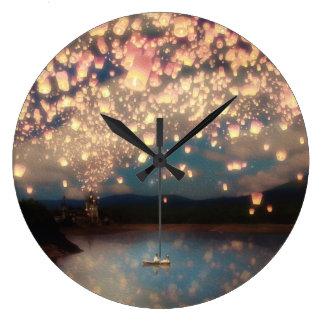 Linternas del deseo del amor reloj redondo grande