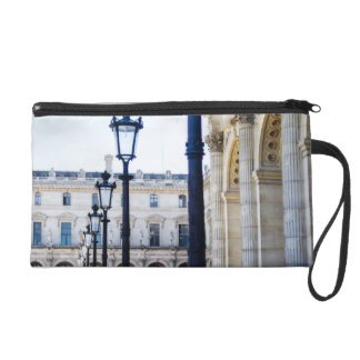 Linternas, postes de la lámpara en París, Francia