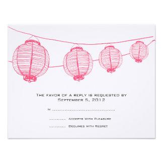 Linternas rosadas y blancas que casan RSVP Invitación