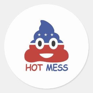 Lío caliente político - - pegatina redonda