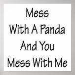 Lío con una panda y usted lío conmigo posters