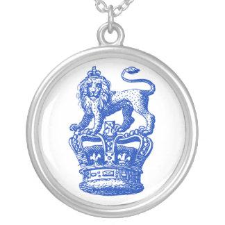 Lion & Crown pendant necklace