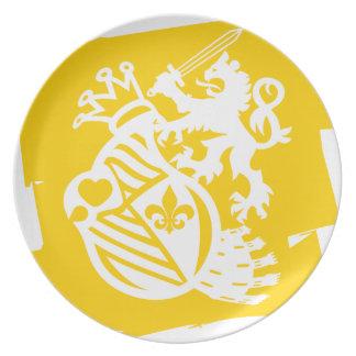 LION_HEART DINNER PLATE