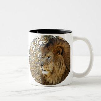 LION IN GRASS Two-Tone COFFEE MUG