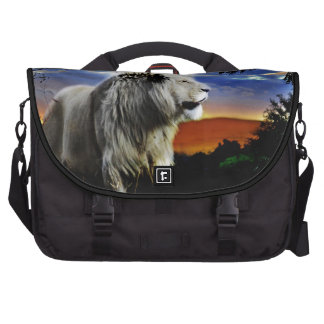 Lion in the jungle laptop messenger bag