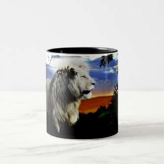 Lion in the jungle Two-Tone coffee mug